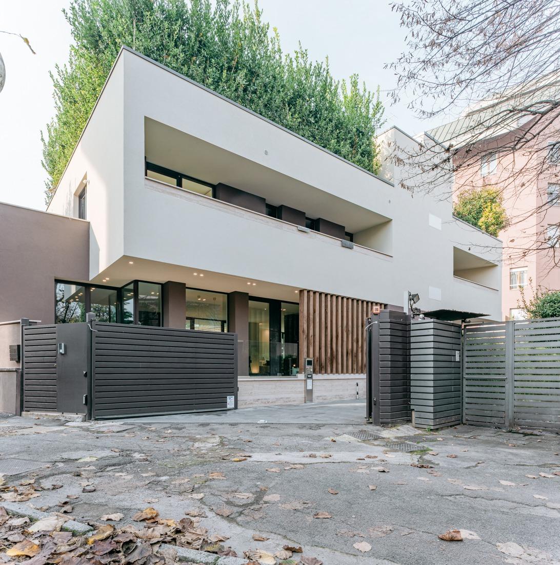 foto interni villa lusso Milano